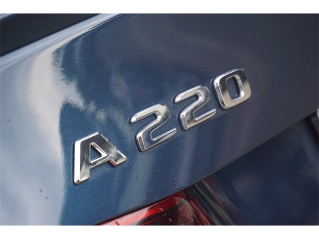 2021 A 220 Sedan